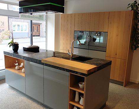 Desin Küche Mit Insel: Holz Kombiniert Mit Grau   AV 2030 Perlgrau  Hochglanz Lack Kombiniert