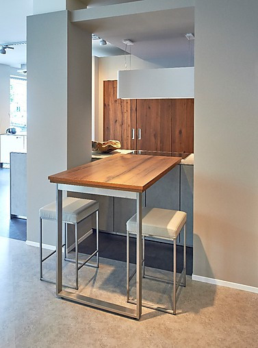 sch ller musterk che nx 950 ausstellungsk che in essen von einbauk chen menger gmbh. Black Bedroom Furniture Sets. Home Design Ideas