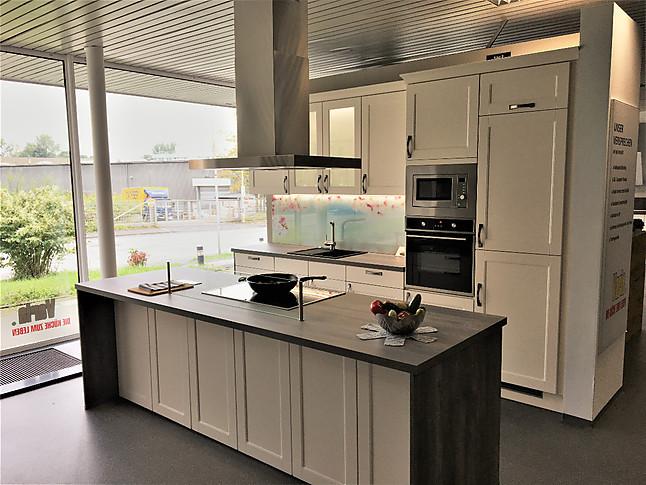 Pino küchen landhaus  Pino-Musterküche Landhaus Küche: Ausstellungsküche in Herne von ...