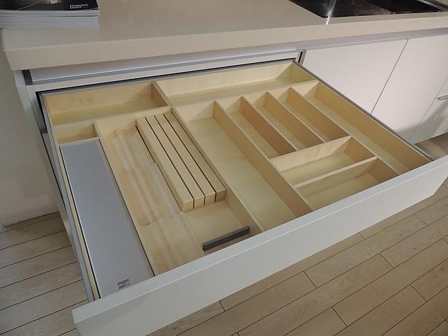 poggenpohl musterk che grifflose designk che made in germany segmento von poggenpohl. Black Bedroom Furniture Sets. Home Design Ideas