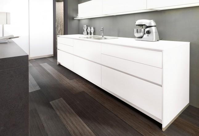 alno musterk che modern im samtweiche glasoberfl che ausstellungsk che in trossingen von. Black Bedroom Furniture Sets. Home Design Ideas