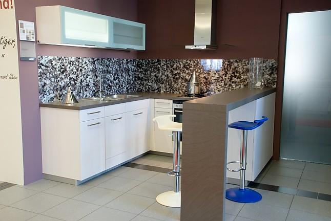 Einbauküchen günstig ohne elektrogeräte  Leicht-Musterküche Moderne Einbauküche zum Sonderpreis, ohne ...