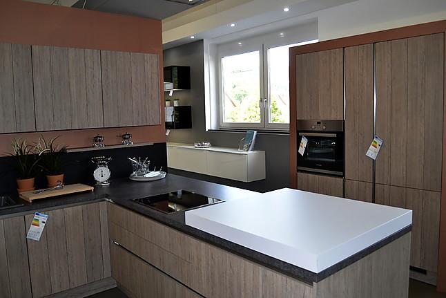 h cker musterk che moderne landhausk che mit holzfront in rillenoptik ausstellungsk che in. Black Bedroom Furniture Sets. Home Design Ideas