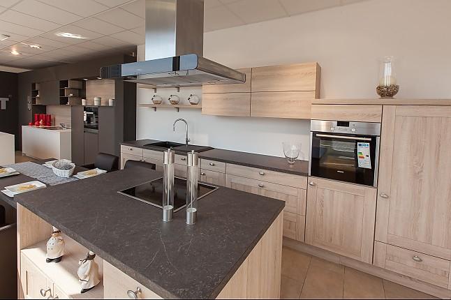 Nobilia-Musterküche Moderne Landhausküche Mit Kochinsel Und