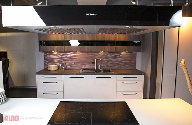 dunstabzug da6700d miele insel dunstabzugshaube obsidianschwarz miele k chenger t von. Black Bedroom Furniture Sets. Home Design Ideas