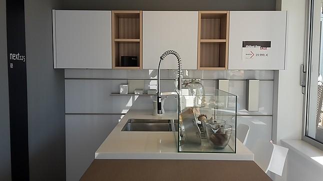 next125-Musterküche Grifflose Design-Küche mit Bestausstattung ...