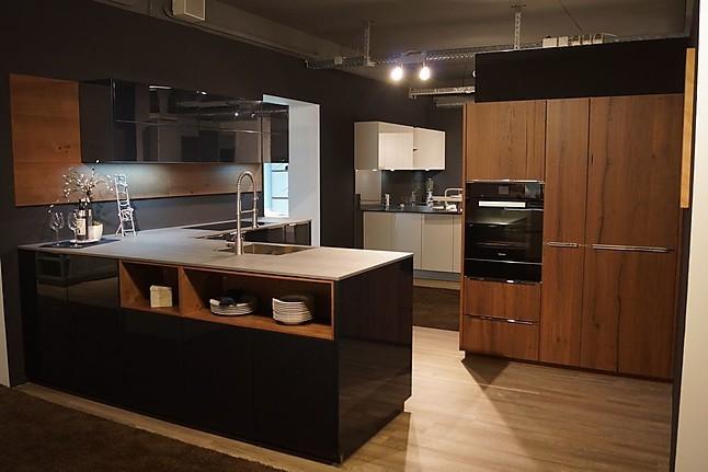 nolte musterk che lack tiefblau hochglanz eiche tr ffel ausstellungsk che in mengen ennetach. Black Bedroom Furniture Sets. Home Design Ideas