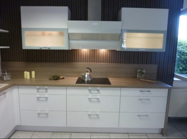 burger musterk che cora esche wei ausstellungsk che in hettstedt walbeck von k chenhaus. Black Bedroom Furniture Sets. Home Design Ideas