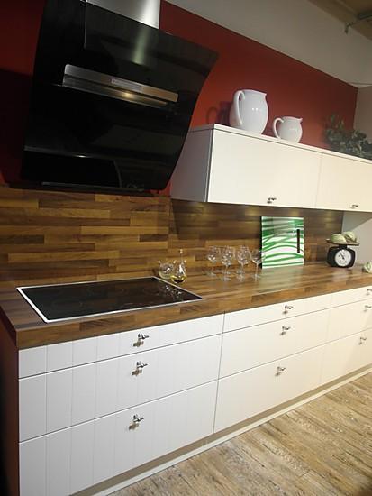 sch ller musterk che musterk che ausstellungsk che in berlin von k che aktiv kaulsdorf. Black Bedroom Furniture Sets. Home Design Ideas