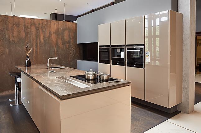 poggenpohl musterk che umfangreiche traumk che ausstellungsk che in moers kapellen von thelen. Black Bedroom Furniture Sets. Home Design Ideas