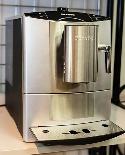 Kaffeevollautomaten Kaffeevollautomat CM 5200 Silver