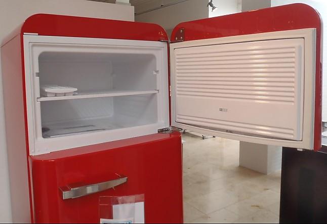 Smeg Kühlschrank Rot : Kühlschrank fab r standkühlschrank von smeg mit gefrierfach