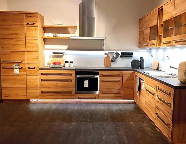 Sonstige Musterkuche Einbaukuche Massivholz In L Form