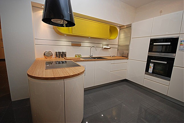 contur musterk che verkauft ausstellungsk che in limburg von k chen zahn gmbh. Black Bedroom Furniture Sets. Home Design Ideas