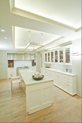 Moderne landhausküche siematic  SieMatic-Musterküche moderne Landhausküche mit Granitarbeitsplatten ...
