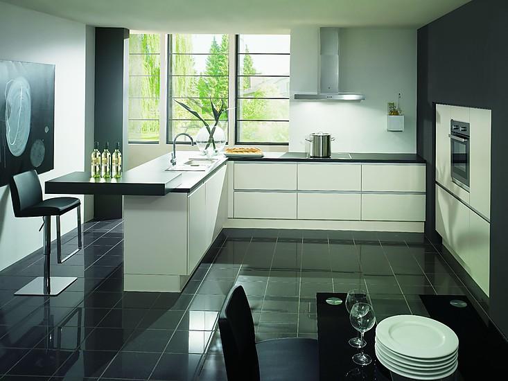 nobilia musterk che nobilia laser premiumwei mit bosch einbauger te komplettangebot grifflos. Black Bedroom Furniture Sets. Home Design Ideas