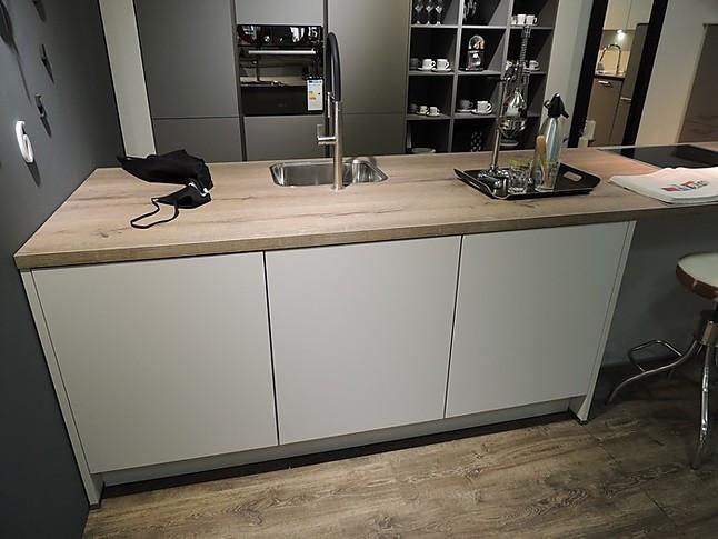 nobilia musterk che nl 22 moderne musterk che in. Black Bedroom Furniture Sets. Home Design Ideas
