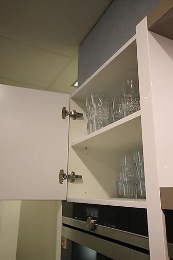 hausmarke musterk che k che mit diversen highligts bora abzug 2 geschirrsp ler kaffeeautomat. Black Bedroom Furniture Sets. Home Design Ideas