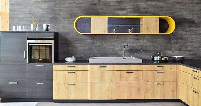 sch ller musterk che ausstellungsk che bari eiche astig nb ausstellungsk che in markt. Black Bedroom Furniture Sets. Home Design Ideas