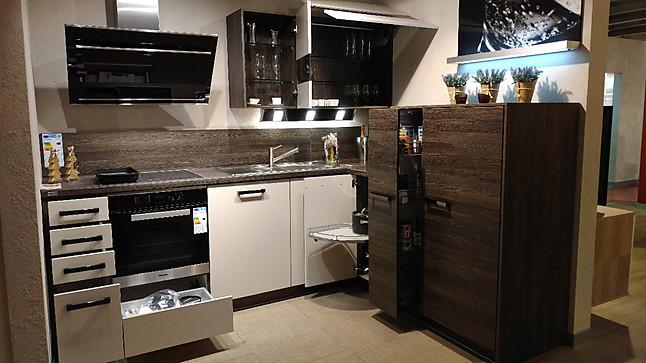 sonstige musterk che l k che mit le mans und apotheker ausstellungsk che in paderborn von. Black Bedroom Furniture Sets. Home Design Ideas