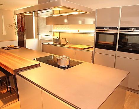 Grifflose Küche Hochglanz Mit Schieferarbeitsplatte   S2 KG Trüfflgrau  Glänzend