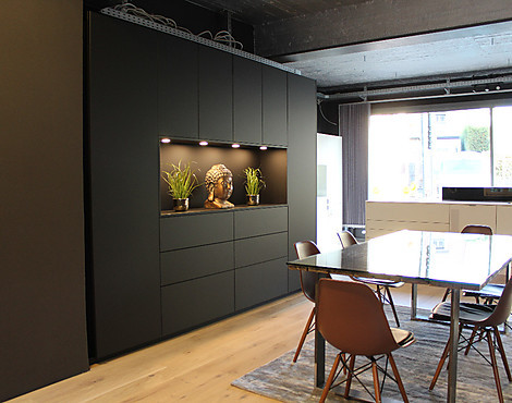 The Black Living Wall - S187 by JB | Die Manufaktur