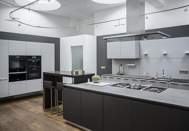 bulthaup musterk che inklusive naturstein arbeitsplatte ohne ger te und zubeh r. Black Bedroom Furniture Sets. Home Design Ideas