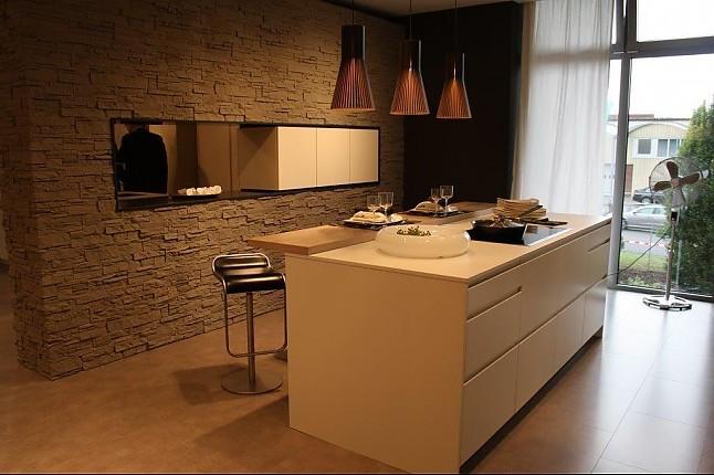 kchen zeile awesome pronorm hgl lakiert vanille hochglanz front mit wenge furniertem regal. Black Bedroom Furniture Sets. Home Design Ideas