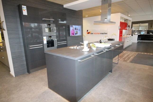 hausmarke-musterküche moderne küche carbon metallic hochglanz lack ... - Küche Braunschweig
