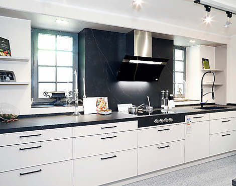Moderne landhausküche mit sitzecke häcker systemat