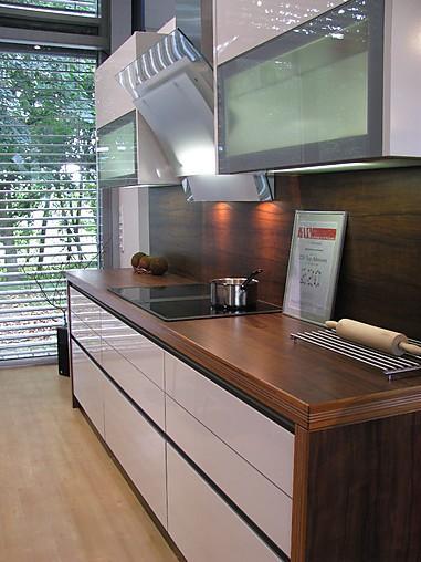 sch ller musterk che c3 ausstellungsk che in offenburg. Black Bedroom Furniture Sets. Home Design Ideas