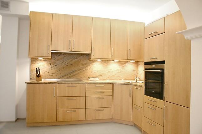 kornm ller musterk che moderne l k che aus massivholz ausstellungsk che in f rstenfeldbruck von. Black Bedroom Furniture Sets. Home Design Ideas