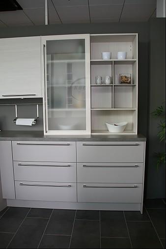 h cker musterk che ausstellungsk che ohne elektroger te ausstellungsk che in m nchen von. Black Bedroom Furniture Sets. Home Design Ideas