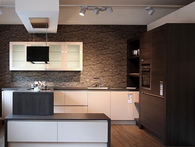 h cker musterk che grifflose design k che in kaschmir hochglanz lack und eiche terra repro. Black Bedroom Furniture Sets. Home Design Ideas