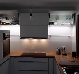 Uberlegen Kleine Feine Küche Mit Allen Extras