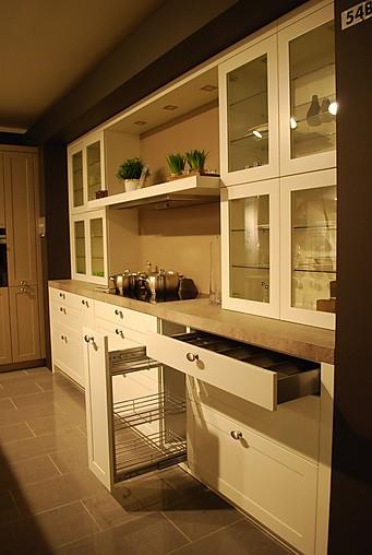 leicht musterk che hochwertige einbauk che im landhausstil. Black Bedroom Furniture Sets. Home Design Ideas