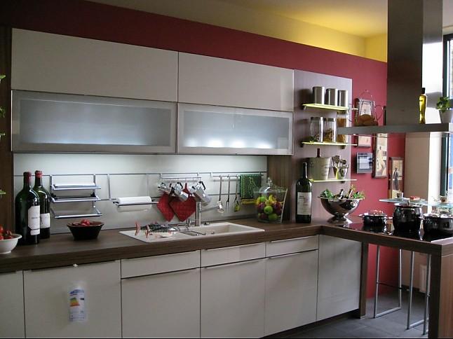 schmidt k chen musterk che ger umige musterk che ausstellungsk che in bremen von k chen bad. Black Bedroom Furniture Sets. Home Design Ideas