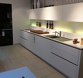 leicht musterk che kochinsel ohne ger te. Black Bedroom Furniture Sets. Home Design Ideas