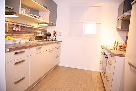 nobilia musterk che ger umige musterk che ausstellungsk che in regensburg von pusch schreib gmbh. Black Bedroom Furniture Sets. Home Design Ideas