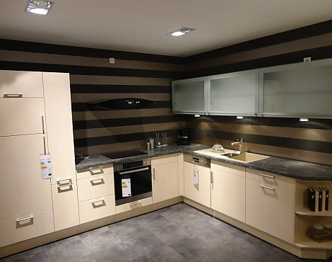 musterk chen m bel keser in olching. Black Bedroom Furniture Sets. Home Design Ideas