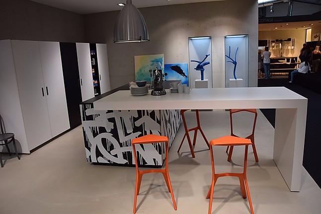 nolte musterk che berlins gr ter muster und ausstellungsk chen abverkauf dauerhaft 300. Black Bedroom Furniture Sets. Home Design Ideas