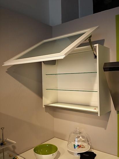 nobilia musterk che weiss moderne grifflos k che in u form ausstellungsk che in m nchen von. Black Bedroom Furniture Sets. Home Design Ideas