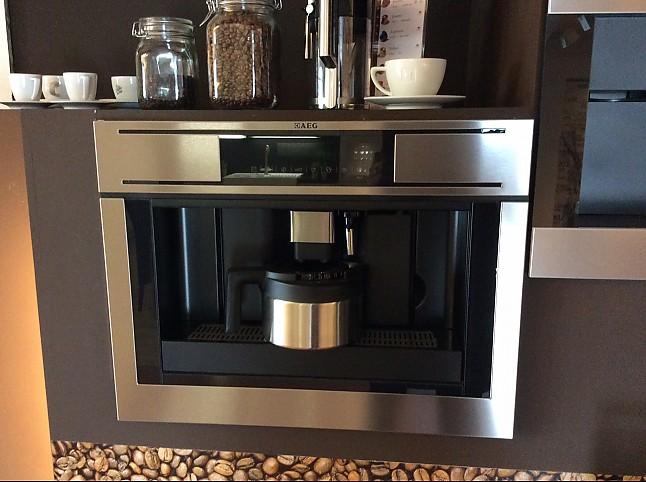 Kaffeevollautomaten pe4521 m aeg kaffeeautomat aeg for Aeg kaffeeautomat