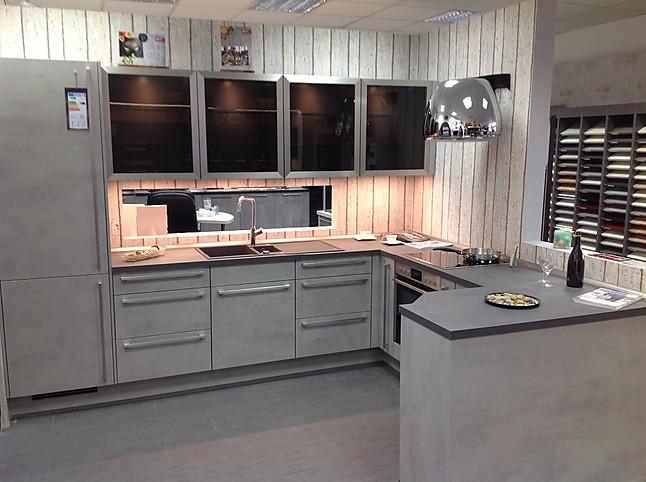 Nobilia Musterkuche Einbaukuche In Grau Gehalten Ausstellungskuche