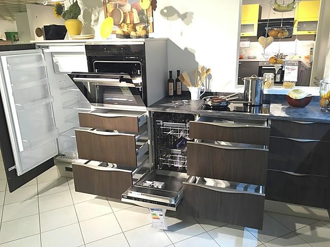 burger-Musterküche moderne L-Küche mit Hochglanzfront ...