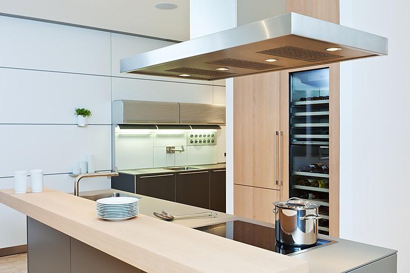 dunstabzug 605ddu12065 dunstabzug bulthaup dunstabzugshaube insel flachschirm umluft bulthaup. Black Bedroom Furniture Sets. Home Design Ideas