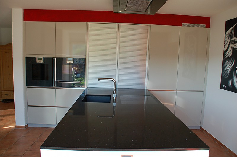 gaggenau einbauger te kunststein arbeitsplatte grifflose k chenfront k che von familie k. Black Bedroom Furniture Sets. Home Design Ideas