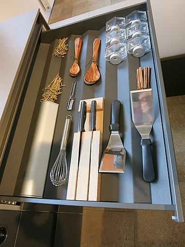 next125-Musterküche Design-Küche mit hochwertiger Ausstattung ...