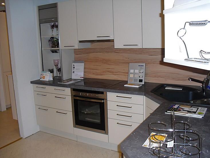 ewe musterk che kashmir k che mit kernholzoptik ecksp le ausstellungsk che in gundelsheim von. Black Bedroom Furniture Sets. Home Design Ideas