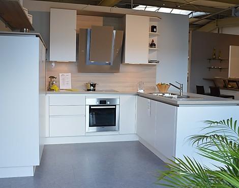 musterk chen neueste ausstellungsk chen und musterk chen seite 103. Black Bedroom Furniture Sets. Home Design Ideas